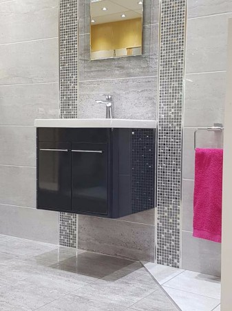 CHILTERN LIGHT AND DARK GREY WITH CHILTERN MOSAIC DISPLAY (3)