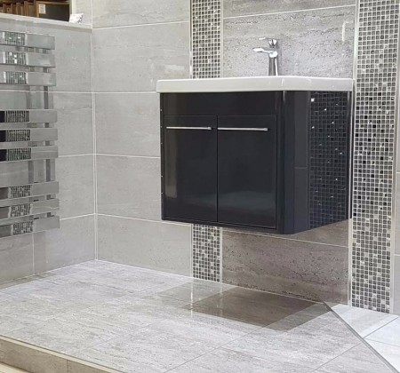 CHILTERN LIGHT AND DARK GREY WITH CHILTERN MOSAIC